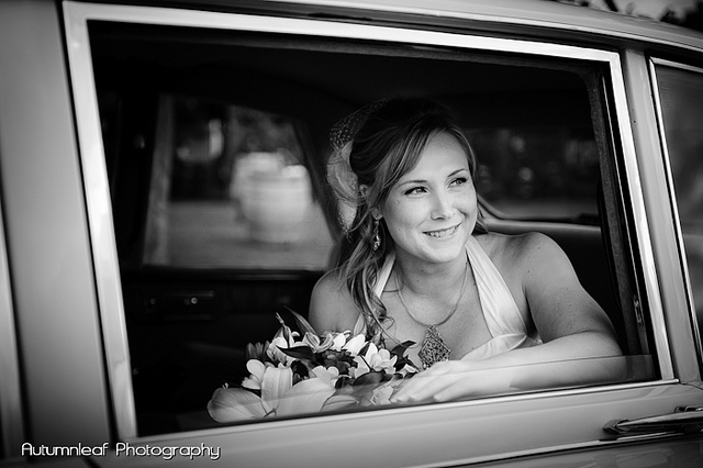 Yanthe & Mark - The bride's arrival